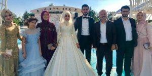 Ahmet Köseoğlu kızını evlendirdi