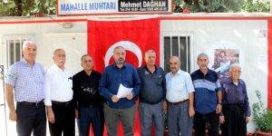Adıyamanlı muhtarlardan HDP önündeki annelere destek