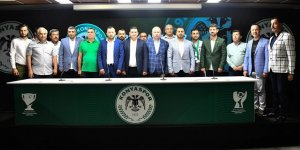 1922 Konyaspor'da istifa şoku!