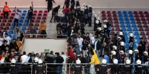 Voleybolda olaylı İzmir derbisini Göztepe kazandı