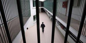 Cezaevlerinde yaklaşık 286 bin hükümlü ve tutuklu var