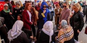 Kadın öğretmenlerden Diyarbakır annelerine destek ziyareti