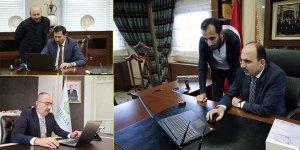 """Konya'da belediye başkanları """"Yılın Fotoğrafları"""" oylamasına katıldı"""