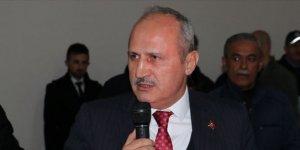 """Bakan Turhan: """"Kanal İstanbul'u yapmazsak bu bize baskı olur"""""""