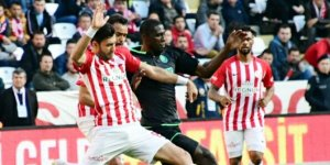 Konyaspor'da Thuram formayı kaptı