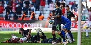 Konyasporlu Guilherme, takımının oyunundan memnun