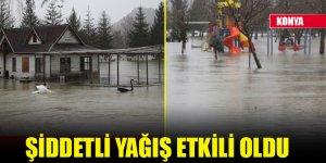 Konya'da şiddetli yağış etkili oldu, park sular içinde kaldı