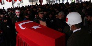 İdlib şehidi Uzman Onbaşı Açıkgöz, son yolculuğuna uğurlandı