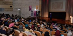 "Bilgehanelerden ""Ailede Pozitif Disiplin"" konferansı"