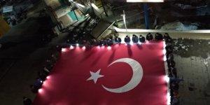 Hadim'de öğrencilerden Mehmetçiğe destek