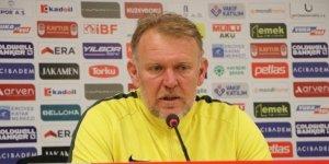 """Prosinecki: """"Bu 3 puanla ligde kalma adına iyi bir iş yaptık"""""""
