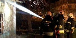 Konya'da müstakil ev alev alev yandı