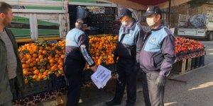 Hüyük'teki pazar yerinde koronavirüse karşı önlemler