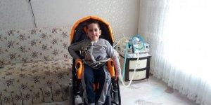 """Küçük Tunahan'ın """"engelli aracı"""" hayali gerçek oldu"""