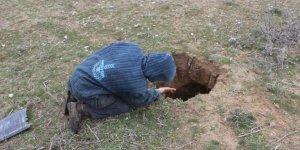 Konya'da 1 metre çapında, 2 metre derinliğinde obruk oluştu