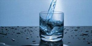 """Yaşlılara """"Susamasanız bile su için"""" önerisi"""