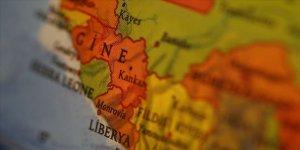 Gine'de karantinadan kaçan 200 kişi paniğe neden oldu