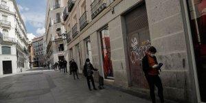 İspanya'da Kovid-19 nedeniyle hayatını kaybedenlerin sayısı 17 bin 489'a yükseldi