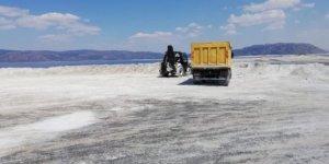 TOKİ: Salda Gölü'ne makineli araç sokan yüklenici firmaya ceza verildi