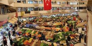 Konya'nın tarihi Kadınlar Pazarı'nda kurallara uyuluyor