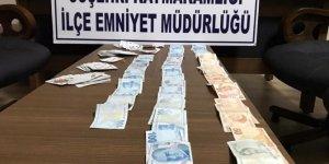 Suşehri'nde evin teras katına kumar operasyonu