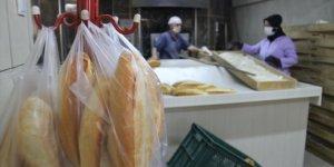 """Askıda ekmek kampanyası ile """"Biz bize yeteriz"""" dediler"""