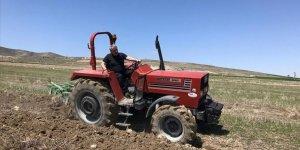 """BBP Genel Başkanı Destici hayatı """"köyüne"""" sığdırdı"""