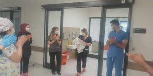 18 günlük bebek, 8 günde koronavirüsü yendi