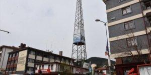 Kızılcahamam'da eski telsiz direği belediye tarafından kaldırıldı