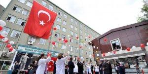 Necmettin Erbakan Üniversitesi Meram Tıp Fakültesi'nde 23 Nisan coşkusu