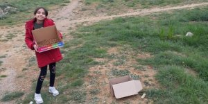 İlkokul öğrencisi kumbarasındaki parayla sokak hayvanlarına yiyecek aldı