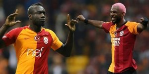 Galatasaray'da Diagne Çin'e, Ryan Babel ise Amerika'ya