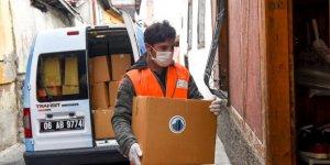 Ankara'nın Altındağ ilçesinde yardımlar ihtiyaç sahiplerine ulaştırılıyor