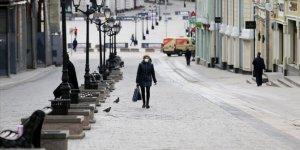 Rusya'da 24 saatte 7 bin 933 yeni vaka