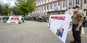 """Gönüllü motosikletçiler """"Yalnız Değilsiniz"""" kampanyasıyla yaşlıların kapısını çalacak"""