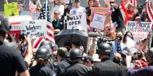 ABD'de binlerce kişiden 'Evde Kal' karşıtı protesto