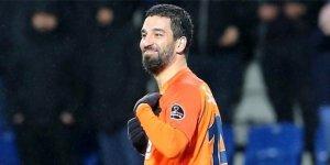 """Arda Turan: """"Futbolu Galatasaray'da bırakmak istiyorum"""""""
