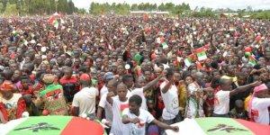 Burundi'de Kovid-19'a rağmen geniş katılımlı seçim mitingi