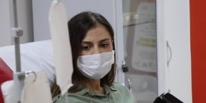 Genç doktor koronayı yenip plazma bağışçısı oldu