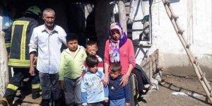 Evi yanan aileye İHH'den yardım