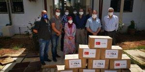Türkiye'den Cezayir'e Kovid-19 yardımı