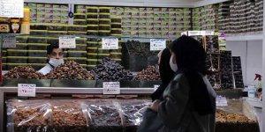 İran'da Kovid-19 nedeniyle son 24 saatte 48 kişi hayatını kaybetti