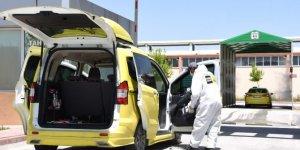 Konya Büyükşehir'dem ticari taksilere ve hatlı minibüslere dezenfeksiyon hizmeti