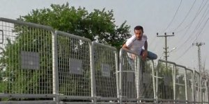 Bariyerleri aşıp karantina bölgesinden kaçan 2 kişi yakalandı