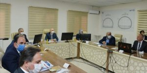 Bakan Karaismailoğlu, Karaman-Ulukışla Hızlı Tren Projesi'nin Ereğli şantiyesinde incelemelerde bulundu
