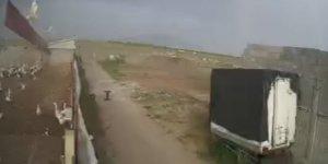 Konya'da fırtına nedeniyle çiftliğin çatısı uçtu