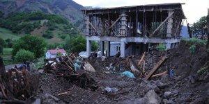 Bingöl'de deprem sonrası 2'si 4 üzeri olmak üzere 90 artçı deprem meydana geldi