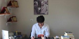 26 yaşında 4 kitap yazan genç kendi işinin patronu oldu