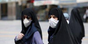 İran'da son 24 saatte Kovid-19'dan 119 kişi hayatını kaybetti
