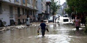 """Kestel ve İstanbul'daki şiddetli yağışların nedeni """"çoklu hücre"""""""